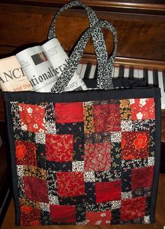 disappearing nine patch quilt -tote bag red & black