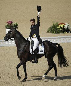 2016 Summer Olympics Equestrian   William Fox-Pitt, of Great Britain, rides…
