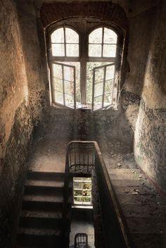 Pénétrez dans cet hôpital angoissant où Hitler a séjourné pendant la guerre