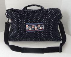 bbd9a9e640b Vera Bradley Weekender Bag Alpine Black Retired Blue Floral 18