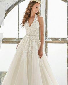 #bridalhair #bridalmakeup #weddingdress #weddinggown #vestidodenovia #bride #dress #wedding #esposa #novia #weddingideas #bridal #casamiento #vestidodenoiva #vestidonoiva #boda #vestidonovia #love #gown #6 #casamento #amor #groom #marriage #matrimonio #moda #weddingfashion #bridesmaid #weddingring #bellenovia http://gelinshop.com/ipost/1521536210470895564/?code=BUdlR86Av_M