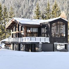Magazine Architecture, Chamonix, Mountain Homes, Mountain Resort, House In The Woods, Rustic Design, Park City, Cabana, Modern Rustic