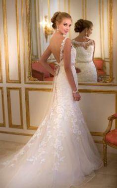 Stella York Style #5932 - under $1000! | Bridal