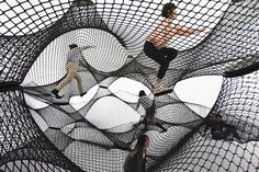 net-blow-up-yokohama-by-numen