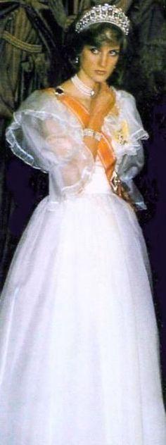 Princess Diana:  Looking very royal.