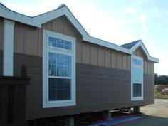 Ardmore 32 X 64 1941 sqft Mobile Home   Our Burleson, TX sales center delivers finely built mobile homes to Texas, Louisiana, Arkansas, Oklahoma, Mississippi & New Mexico. Call us Today! 1-800-965-3597   FactoryDirectTexas.com