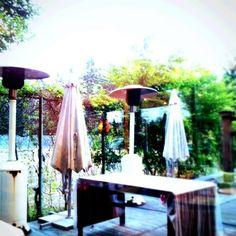 Kenichi Kamio - Hawaiian dining from Today's piano piece   Jun.27th,2015  「ハワイアンレストラン」 夏は大活躍のオープンスペース。
