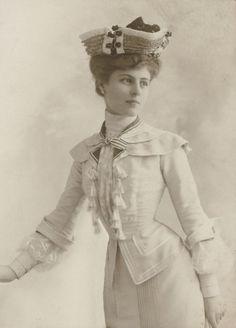 antique-royals:  1900s