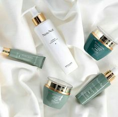 *Novage Ecollagen Range* *peptides* * * *Novage ecollagen wrinkle power *collagen boosting patended Tri peptide techonolgy* Novage supreme cleanser gell Novage ecollagen wrinkle eye cream For Order Contact At Whatsapp Cash On Delivery All Over Pakistan Oriflame Beauty Products, Lotion, Pores, Eye Cream, Beauty Care, Eco Beauty, Organic Beauty, Beauty Skin, Skin Care