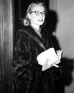 Grace Kelly leaves her apartment in New York to begin her journey to Monte Carlo. April, 1956