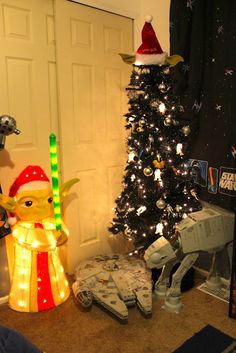 1000+ images about Star Wars Themed Christmas trees on ...
