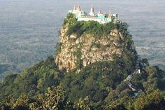Mount Popa is an extinct volcano on the slopes of which can be found the sacred Popa Taungkalat monastery #MTPopa #Myanmar
