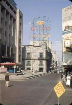 Madero y San Juan de Letran 1950.