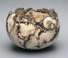 Untitled Holly Burl Bowl (2003) - Bill Luce