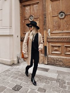 Janessa Leone hat, Acne Studios cardigan, Mansur G… Winter Fashion Casual, Casual Fall Outfits, Fall Winter Outfits, Autumn Winter Fashion, Casual Winter, Black And White Outfit, White Outfits, Black Cardigan Outfit, Black Camel