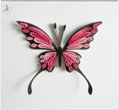 Quilling Boszi added a new photo. Neli Quilling, Quilling Butterfly, Paper Quilling Patterns, Paper Quilling Jewelry, Origami And Quilling, Quilled Paper Art, Quilling Paper Craft, Quilling Flowers, Butterfly Crafts