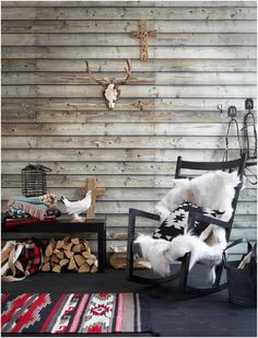 Skanska Nya hem - Annika Kampmann Love the look of this space Room Decor, Wall Decor, Cabin Interiors, Interior Decorating, Interior Design, Cabin Design, Southwestern Style, Cabins In The Woods, Wall Treatments