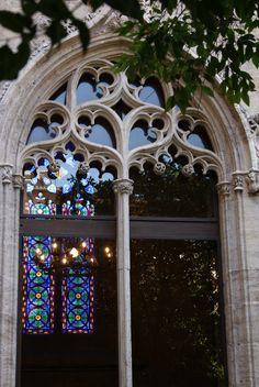Detall finestra Llotja València. Detalla ventana Lonja de Valencia.