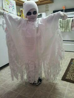 Ghost costume for my little boy it was so easy just a ripped sheet!