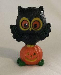 1970s Halloween  Hallmark Merry Miniature Owl on Jack O by Rat3333