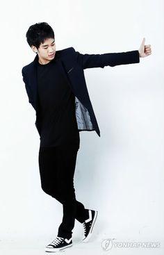 ❤❤ 김수현 Kim Soo Hyun my love ♡♡ love everything about you. Asian Actors, Korean Actors, Hot Asian Men, Asian Guys, Hyun Ji, My Love From Another Star, Korean Men, Korean Style, Hallyu Star