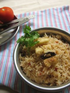 Mildly flavoured COttage cheese/Paneer fried rice - http://spicyfoood.blogspot.in/2013/07/paneercottage-cheese-fried-rice.html