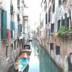 Venice Canals #italia #italy #vacation #holiday #keepieces