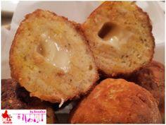 Polpette di pane con sorpresa di formaggio