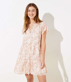 LOFT floral dress Spring Dresses, Blue Dresses, Long White Cardigan, Dress Outfits, Casual Outfits, Tiered Dress, Petite Dresses, Petite Fashion, Dresses Online
