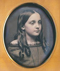 Portrait of a beautiful girl, American daguerreotype, 1850 http://i.imgur.com/TE1JlFQ.jpg