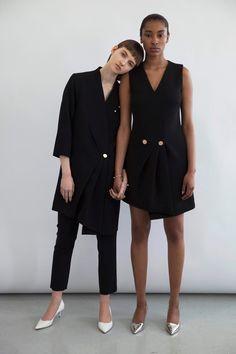 http://www.vogue.com/fashion-shows/resort-2017/osman/slideshow/collection
