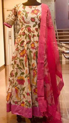 Beautiful half white color floor length ananrkali dress with net dupatta. Ananrkali dress with flying bird print. Can customise in any size Price : 5000 INR To order 7013728388 Designer Anarkali Dresses, Salwar Dress, Designer Dresses, Salwar Neck Designs, Kurta Designs Women, Blouse Designs, Kalamkari Dresses, Ikkat Dresses, Long Dress Design
