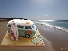 #hochzeitstorte VW Bulli Surfbus Torte - Camper van cake - Astrid Ro's Werkstatt