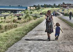 prisa, educacion, emocional, emociones, inteligencia, niño, padre, madre, esperar, semáforo, cuidar