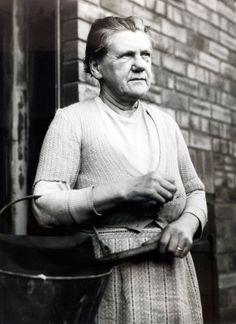 Mary Elizabeth Wilson. - Mató a cuatro de sus esposos entre 1955 y 1957 con insecticida. Fue la última mujer en Inglaterra en ser condenada a la horca, pero su sentencia fue reducida a cadena perpetua.