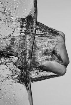 water hands splash