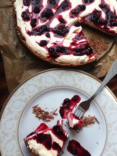 champagne tart with berry sauce