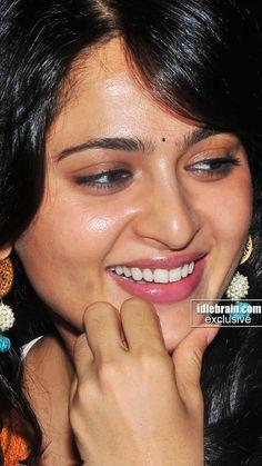 Beautiful Lips, Beautiful Girl Indian, Most Beautiful Indian Actress, Beautiful Actresses, South Indian Actress Hot, Indian Actress Photos, Indian Actresses, Cute Beauty, Beauty Full Girl