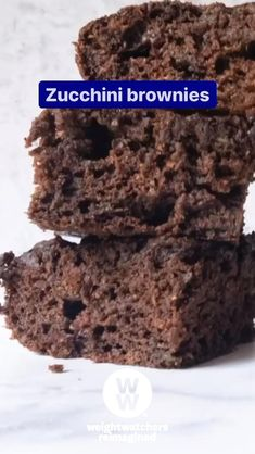 These chocolatey brownies are rich, cakey, and secretly full of this surprise ZeroPoint™ Food! Ww Recipes, Cake Recipes, Snack Recipes, Dessert Recipes, Brownie Recipes, Recipies, Ww Desserts, Weight Watchers Desserts, Healthy Desserts