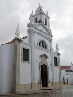 church at Alcantarilha Algarve Portugal - photo: Robert Bovington  #Algarve #Portugal  http://bovingtonbitsandblogs.blogspot.com.es/