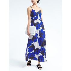 Banana Republic Womens Floral Paneled Maxi Dress (£120) ❤ liked on Polyvore featuring dresses, blue floral, petite, banana republic dresses, floral dresses, fitted dress, petite length maxi dresses and petite maxi dresses