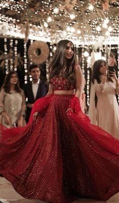 Wedding Dresses Lace Fit And Flare .Wedding Dresses Lace Fit And Flare Indian Gowns Dresses, Indian Fashion Dresses, Indian Designer Outfits, Indian Lehenga, Lehenga Choli, Bridal Lehenga, Red Lehenga, Indian Bridal Outfits, Indian Bridal Fashion