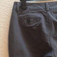 Dockers slate colored pants (women's) Slate colored women's dockers pants. Excellent used condition as I didn't fit in this size for long. Dockers Pants Straight Leg