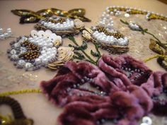Velvet and beads. Want to embroider like they do in couture fashion? Learn from…