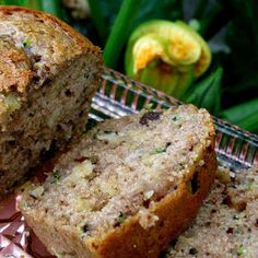 Pineapple Zucchini Loaf @keyingredient #chocolate