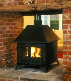 Hunter Herald 14 Double Sided Single Depth Woodburning Stove Quality Stoves Tenterfields Business Park Luddendenfoot Halifax HX2 6EQ West Yorkshire 01422 845069