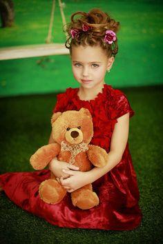 УВЕЛИЧИТЬ Beautiful Baby Girl, Beautiful Children, Cute Little Girls, Cute Kids, Little Girl Fashion, Kids Fashion, Famous Girls, Russian Models, Beach Girls