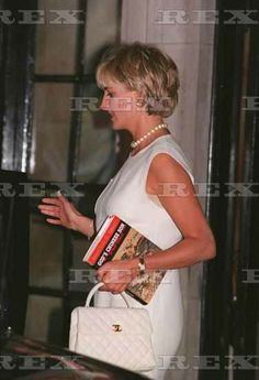 PRINCESS DIANA 1997. Reading God's Chinese Son by Jonathan Spence. About Taiping Rebellion in China 1845-65. 20 million people died.