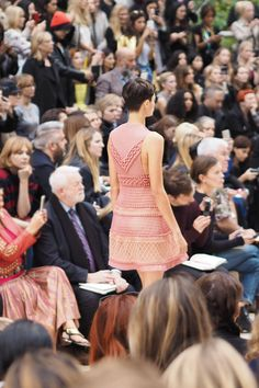 Burberry London Fashion Week Spring/Summer 2016 - Inthefrow
