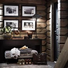 There are numerous ways to make your home interior design look more interesting, one of them is using cabin style design. With this inspiring gallery you can make fantastic cabin style in your home. Cabin Homes, Log Homes, Casa Hipster, Chalet Interior, Ski Chalet Decor, Cabin Interior Design, Cabin Design, Cabin Interiors, Scandinavian Interiors